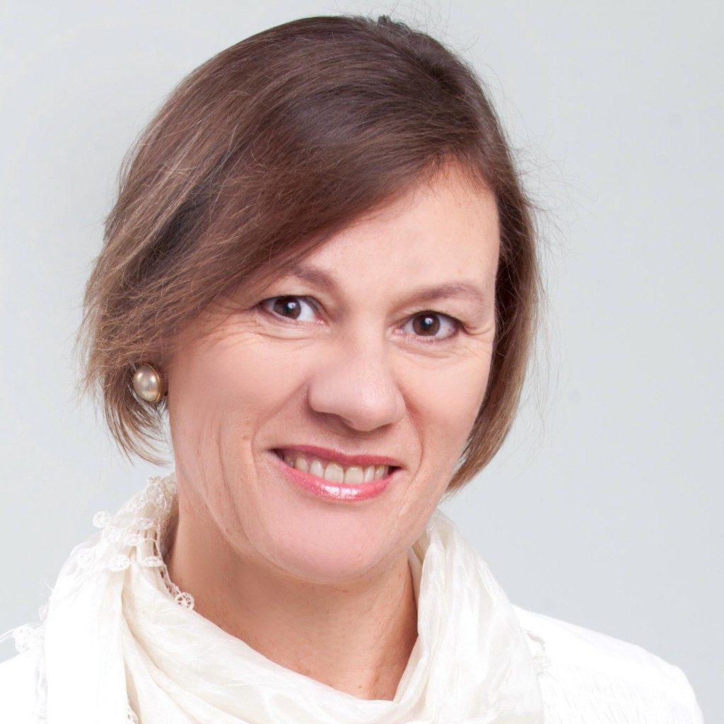 Dr-Louise-Lindenberg.jpg